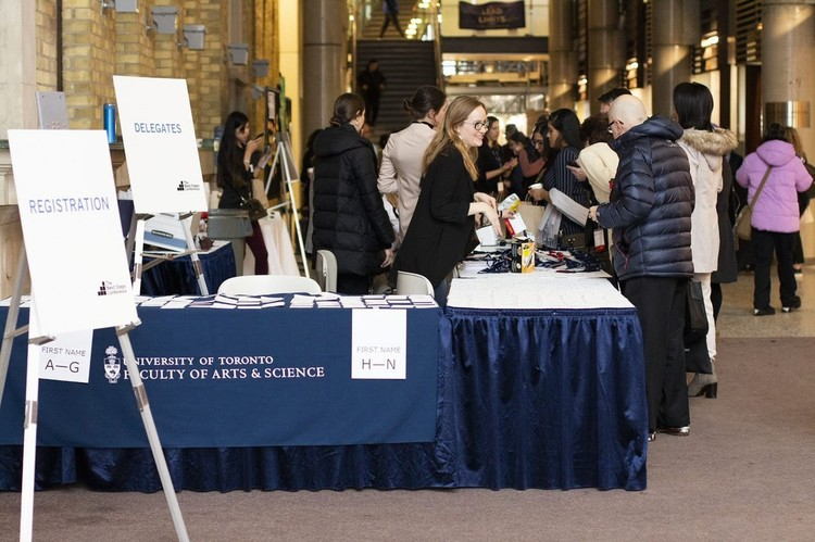A person registering for an Alumni event.