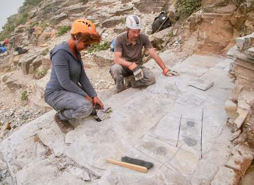 U of T's Jean-Bernard Caron and Maydianne Andrade discuss the newly revealed fossils at the quarry site