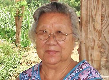 Gloria Lyn.